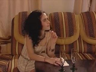 Режиссер соблазнил красивую актрису своим красноречием и уговорил на секс