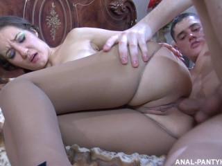 nechayanno-popal-v-anal-porno-onlayn-seks-parni-modeli