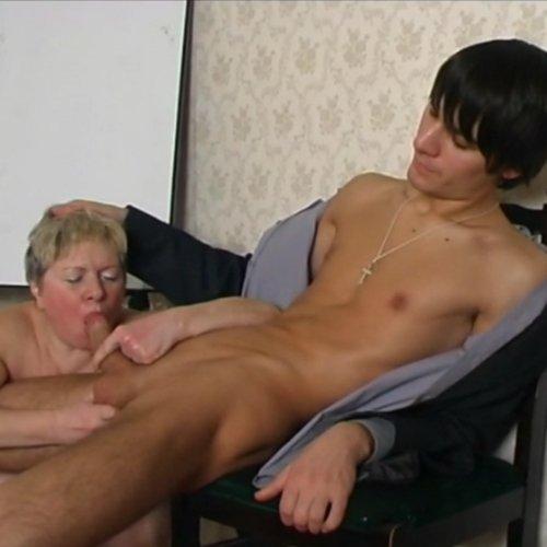 Категория порно - Мать и сын